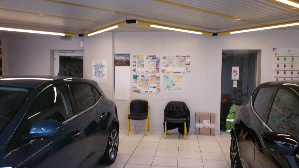 21458372_10214080743873838_2078915334_o-1024x576 Relooking Garage Renault à Matignon